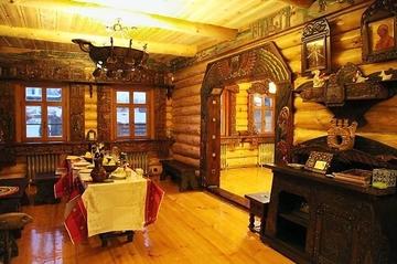 Мебель в русском стиле