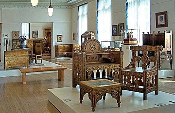 Романская мебель