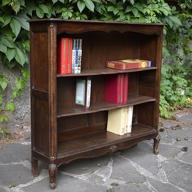 Тумба для книг в стиле Луи XV