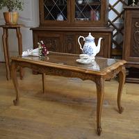 Журнальный столик в стиле Луи XV