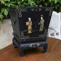 Стол в стиле Луи XV