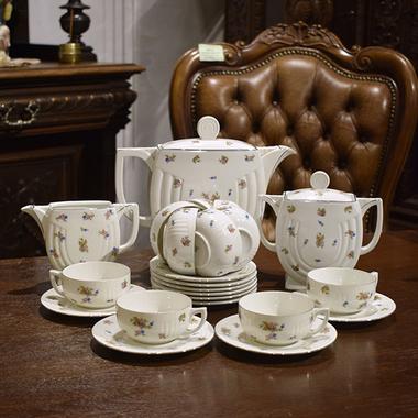 Чайный сервиз в стиле ар-деко на 10 персон