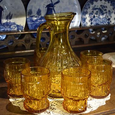 Набор для напитков: графин и 6 стаканов