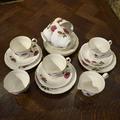 Чайный сервиз на 6 персон с молочником и сахарницей Royal Winsdor